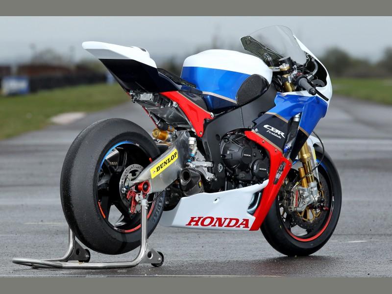 Honda CBR 1000 RR 2008-2011 <SC59> - Page 7 Big_tt_4legends_cbr_angle_rr