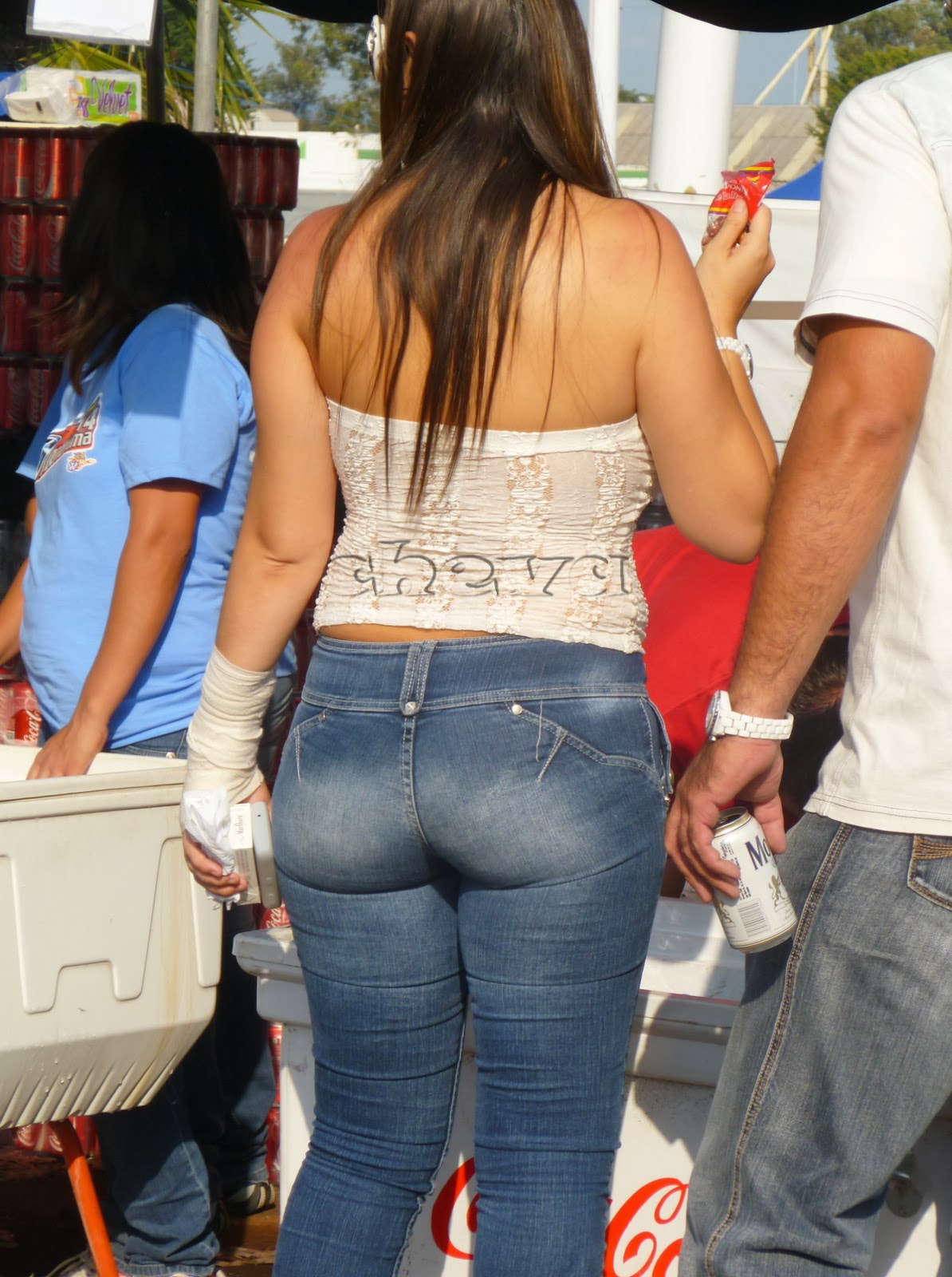 sexy girls on the street girls in jeans spandex and leggings tight