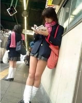 Seragam Sekolah Ala Siswi Jepang | All About Japan | MOshi-MOshi
