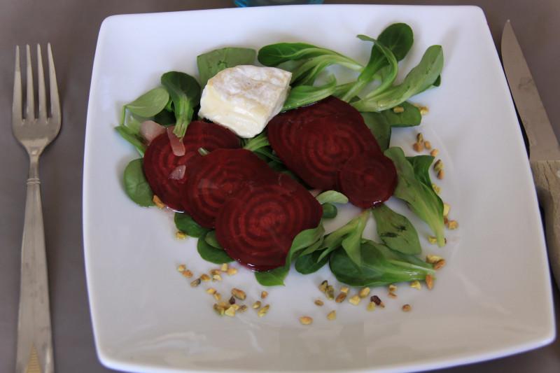 ma cuisine vapeur betterave crapaudine en salade de saint marcellin. Black Bedroom Furniture Sets. Home Design Ideas