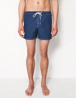 Bañador azul con dos bolsillos de Bershka