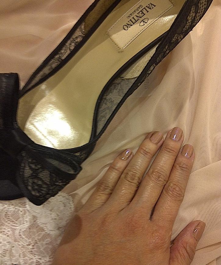 Valentino bow lace open toe pumps
