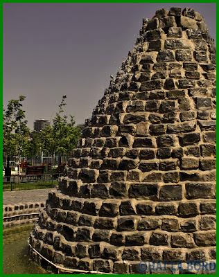 fantana piramida parcul lumea copiilor bucuresti