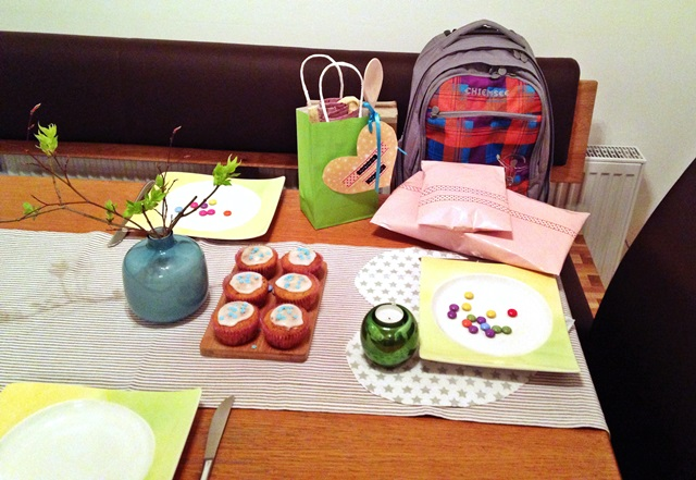 die kunst den alltag zu feiern kindergeburtstag 10 0. Black Bedroom Furniture Sets. Home Design Ideas