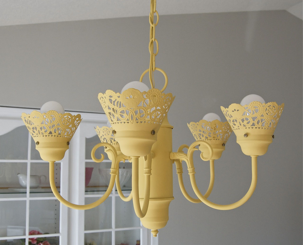 Who doesnt love a good chandelier makeover matsutake aloadofball Images