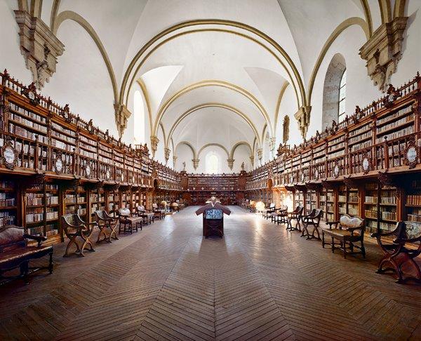 La biblioteca de la Universidad de Salamanca, España.