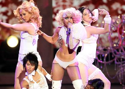 http://4.bp.blogspot.com/-04DIo9lIceE/TlcG61RQwDI/AAAAAAAADlY/kxtTmivXt7s/s1600/Lady-Gaga-VMA.jpg
