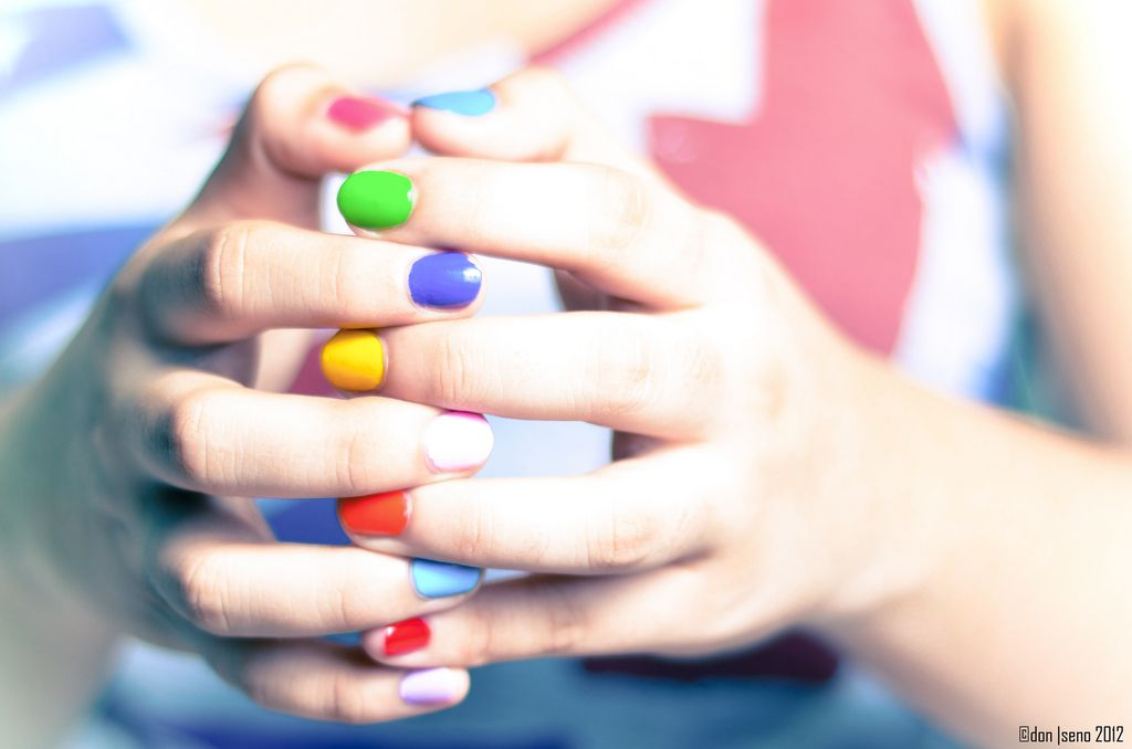 25. rainbow-colored-nails