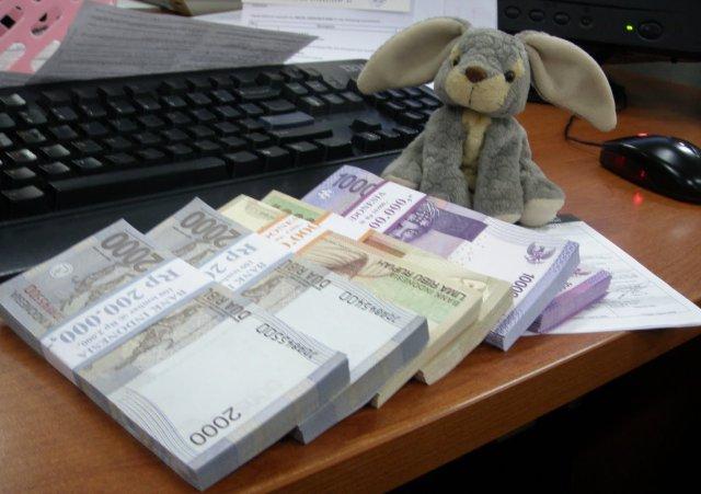 Peenukaran uang