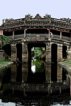Discovering Hoi An, where was a center of international trade on the commercial East-West