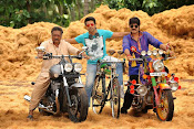 Govindudu Andarivadele Movie photos-thumbnail-19