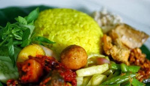 Resep dan Cara Membuat Nasi Kuning Gurih dan Lezat
