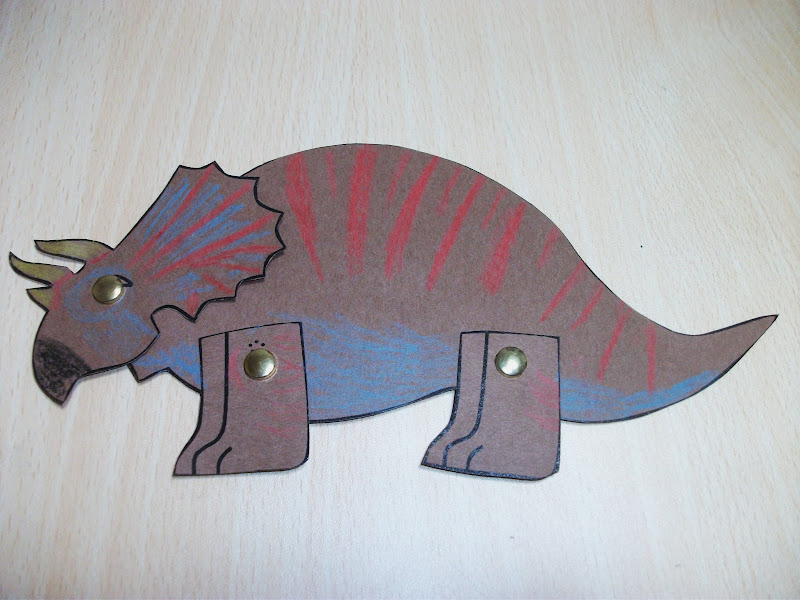 Triceratops dinosaur craft preschool crafts for kids for Dinosaur crafts for toddlers