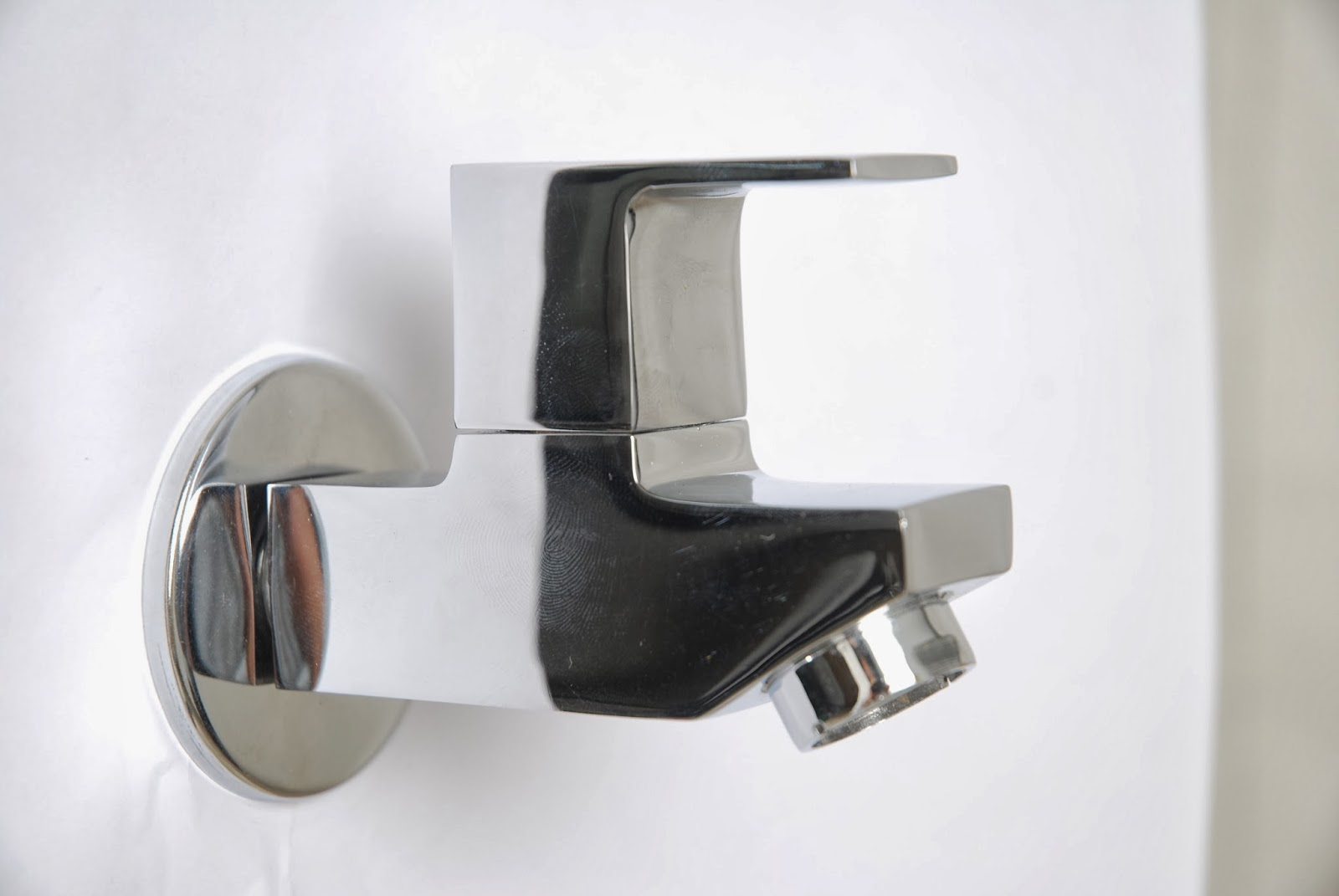 Manufacturer of cp bath fittings for Bathroom fitting brands in india