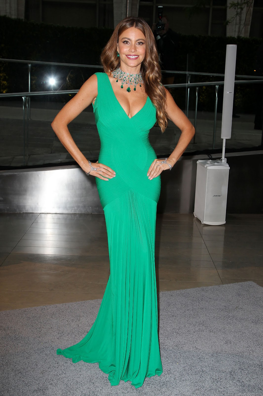 Sofia Vergara In Green Gown At Cfda Fashion Awards 2013