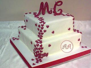 Tortas de boda decoradas con corazones
