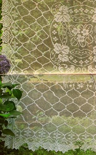 http://4.bp.blogspot.com/-059aW24EjqM/UwBmvoG-IXI/AAAAAAAAe_o/4g2Og5k042g/s1600/tenda_fiori_uccellini.JPG