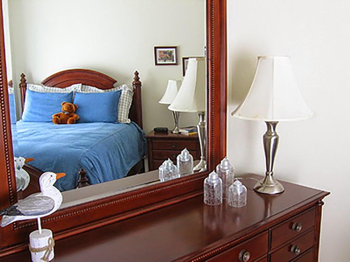 Cách chọn để lắp gương trong phòng ngủ để hợp phong thủy