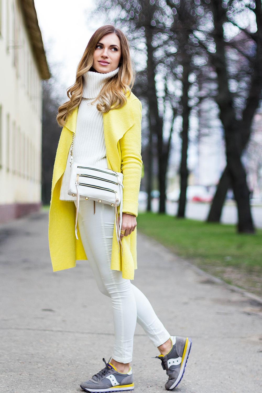 Желтое пальто Yana Kovich