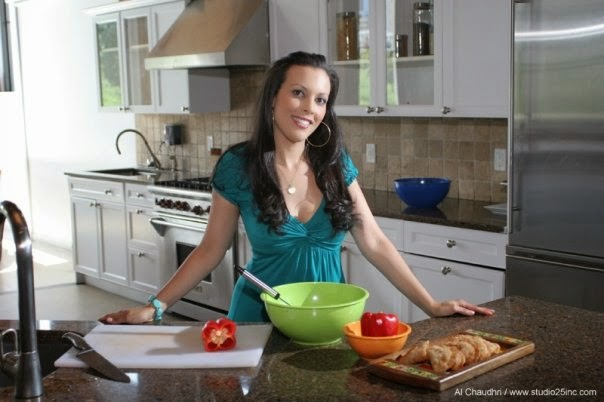 COOK WITH THALIA