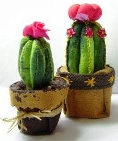 http://manualidadesreciclables.com/8156/como-hacer-un-cactus-de-fieltro-paso-a-paso