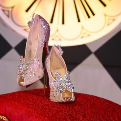 Curls and freckles una scarpa da principesse for Stilista francese famoso