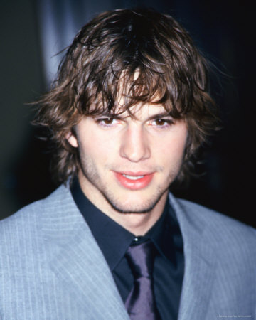 ashton kutcher shirtless. pics shirtless pictures of
