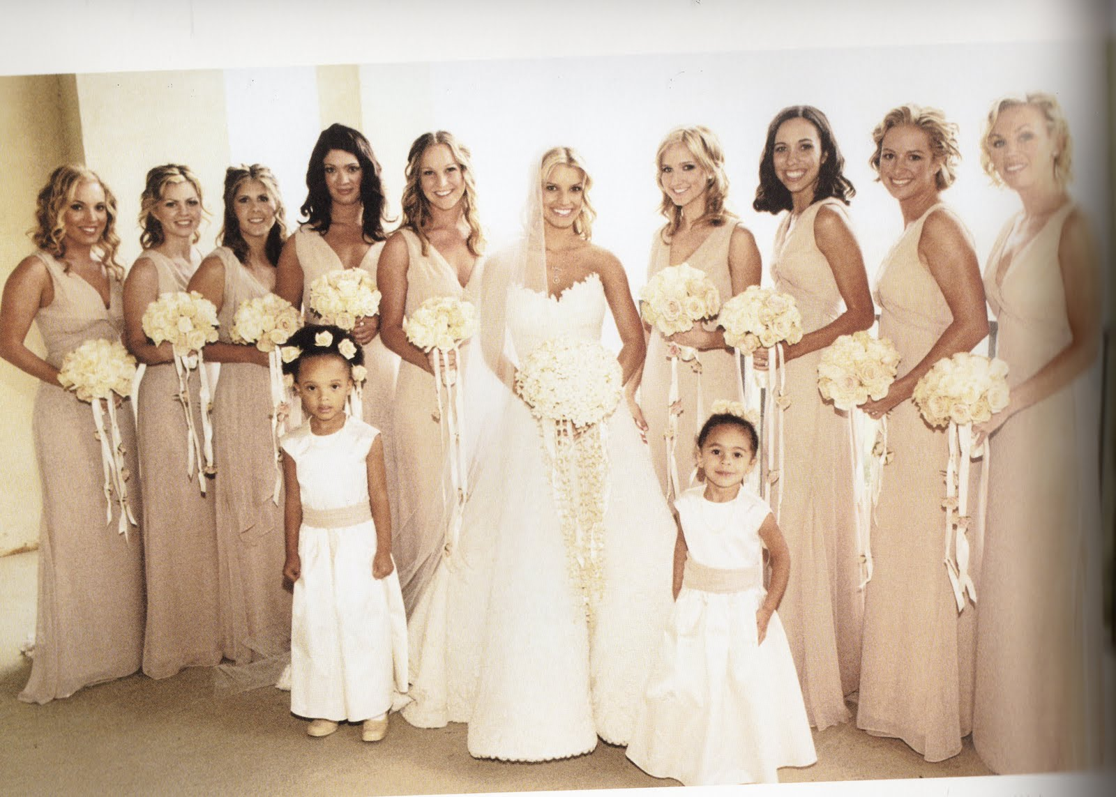 Jessica simpson wedding wedding pictures for Jessica simpson wedding dress
