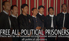 FREE ALL POLITICAL PRISONERS NOW !!!