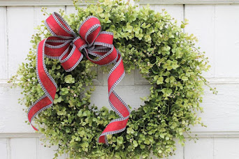 Holiday Boxwood Wreath