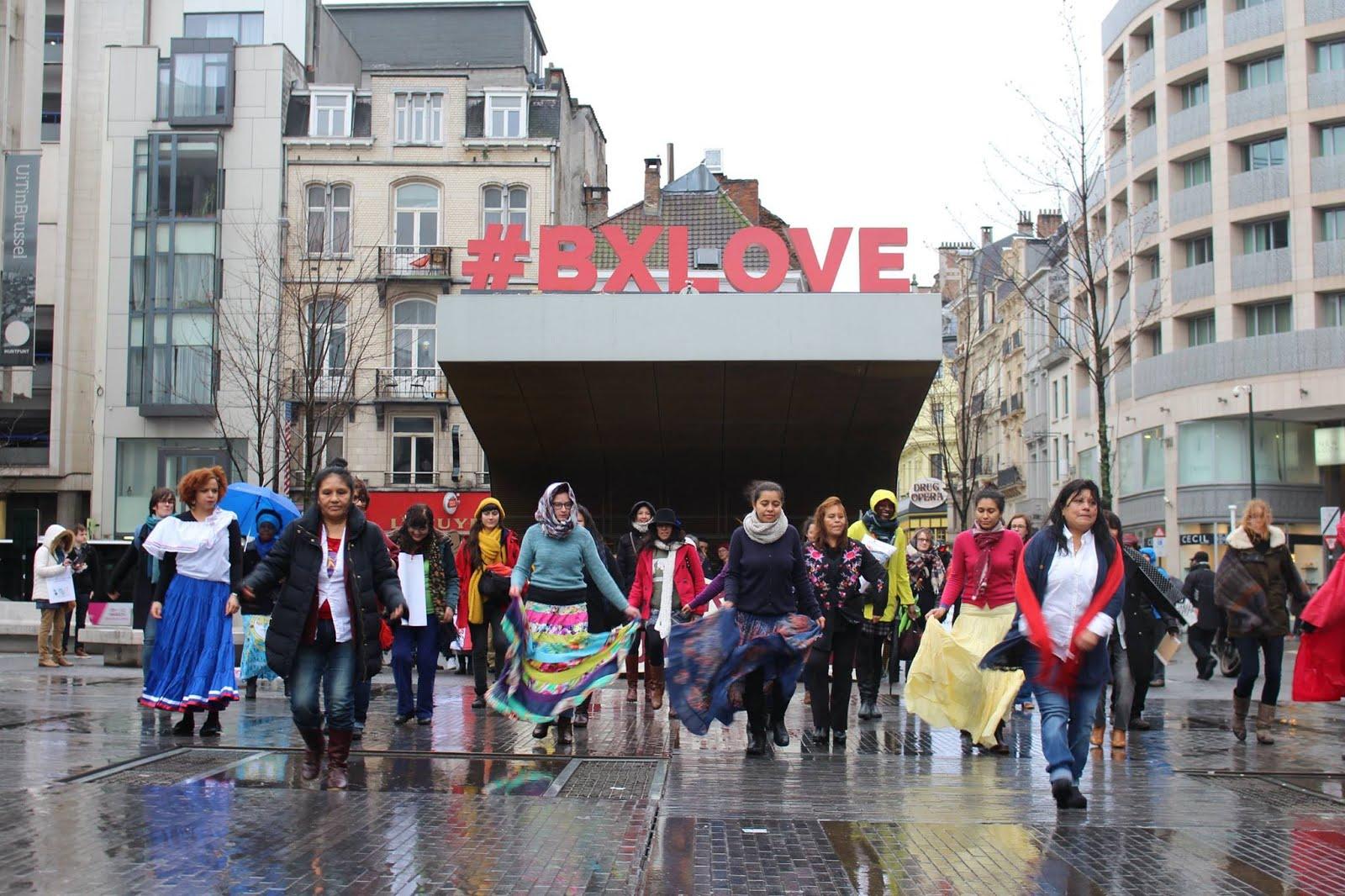 Flasmob en Bruxelles-Place de la Monnaie 8 mars 2017