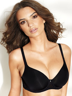 Emily-Ratajkowski-Fredericks-of-Hollywood-Lingerie06.jpg