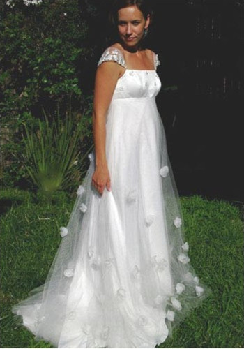 elegant classic summer maternity wedding dress