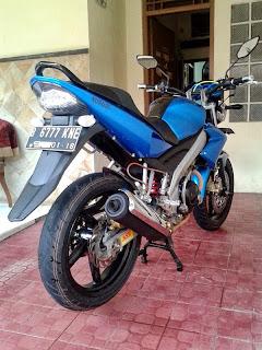 Yamaha Vixion Street FIgther Blu