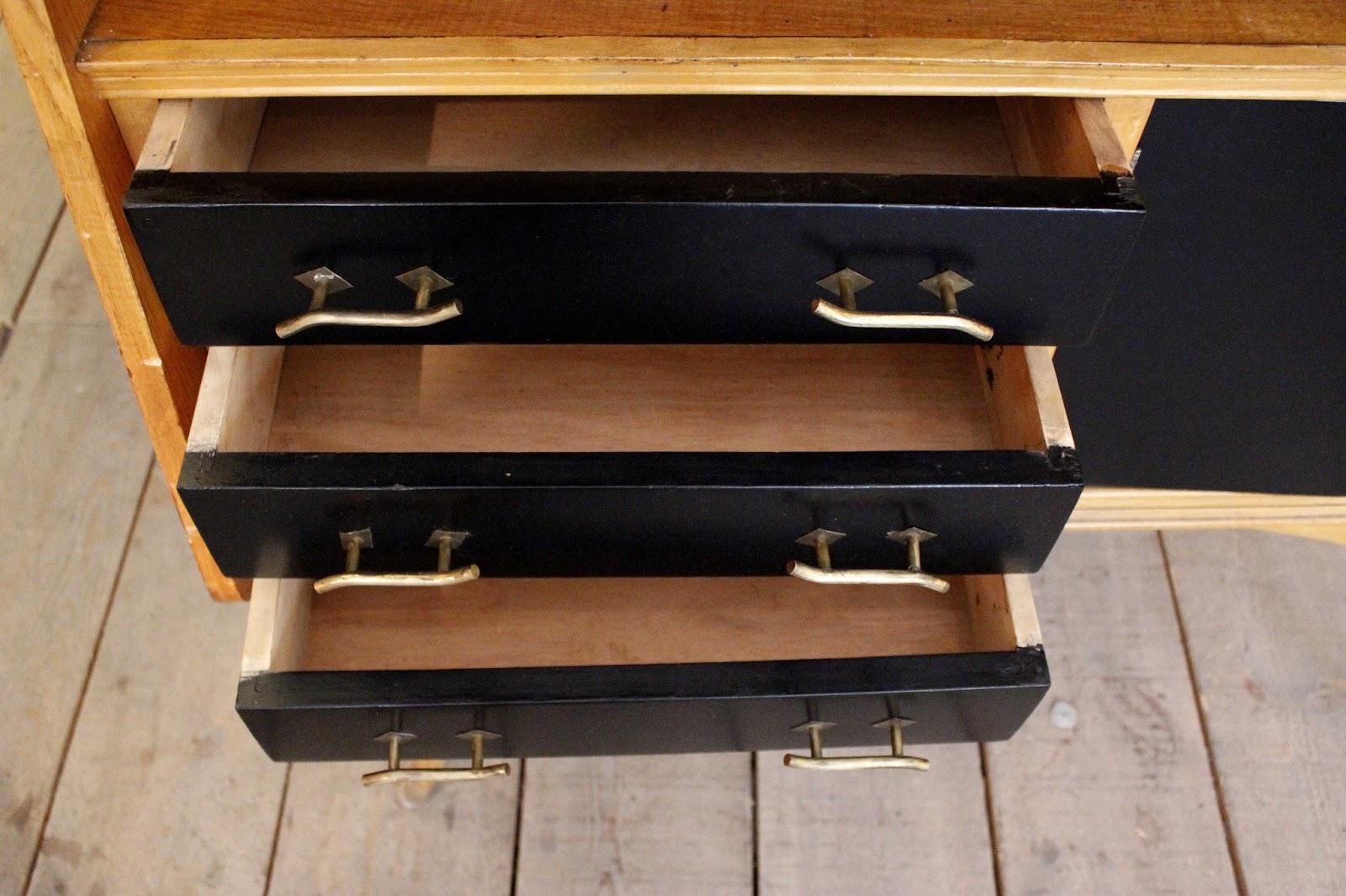 Vintage 4p tu tienda de muebles vintage en madrid for Muebles compra