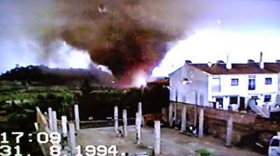 http://www.codinameteor.blogspot.com.es/2014/08/20e-aniversari-del-tornado-de-lespluga.html