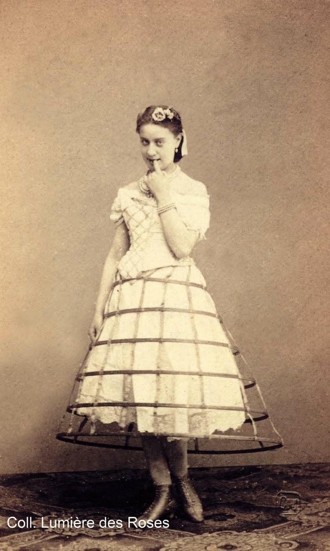 Southron Creations: 1860s Fashion