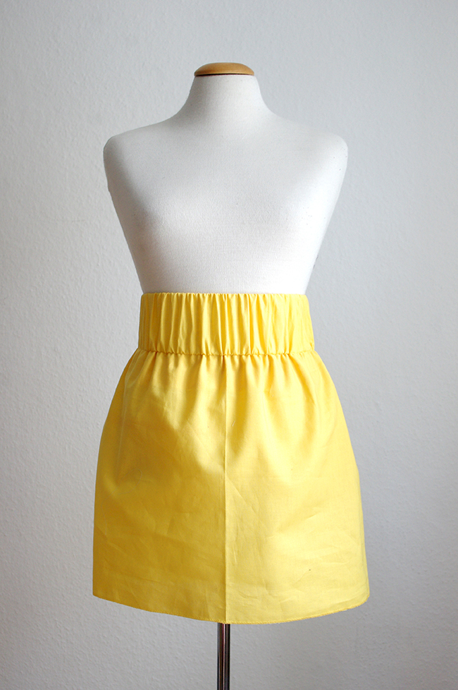 How to make a skirt with ruffle hem from scratch. www.fashionrolla.com