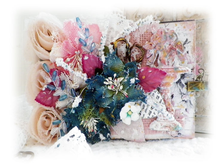 create your own mini album tutorial by Lisa Novogrodski for Scraps of Elegance using the January Kit Reneas Charm