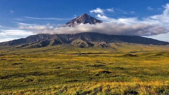 カムチャツカの火山群の画像 p1_5