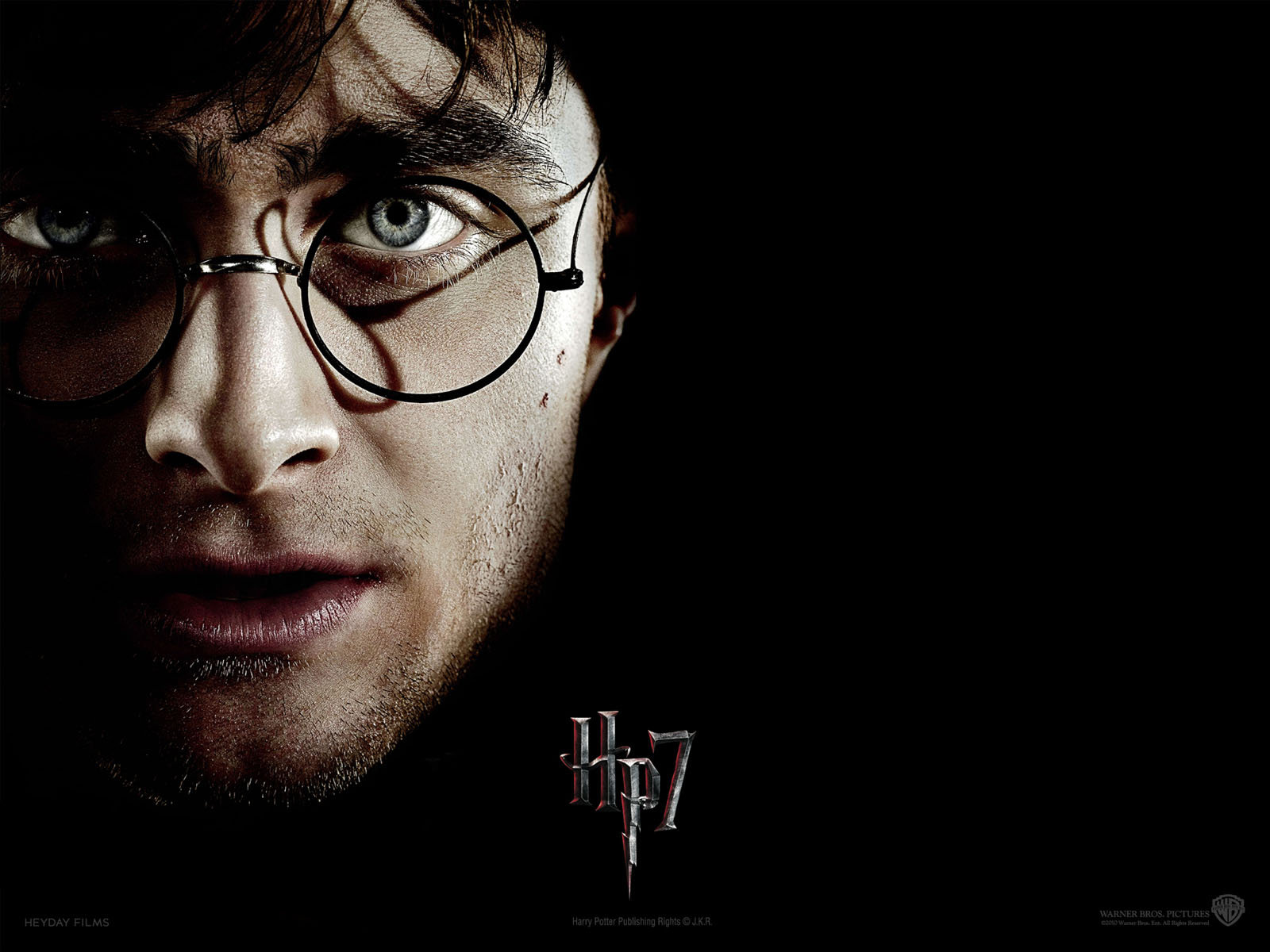 essays on harry potter and the deathly hallows Following is an informative essay example about harry potter - a fictional  of the  phoenix, hp and the prisoner of azkaban, and hp and the deathly hallows.