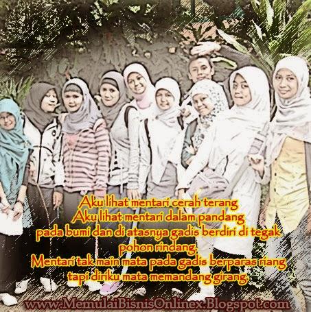 ... Gambar Wanita Berjilbab Puitis dalam Kata ~ Bingkai Foto Online Cantik