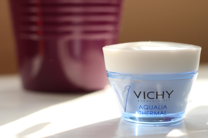 vichy aqualia thermal in light moisturizer 48 hour hydration review