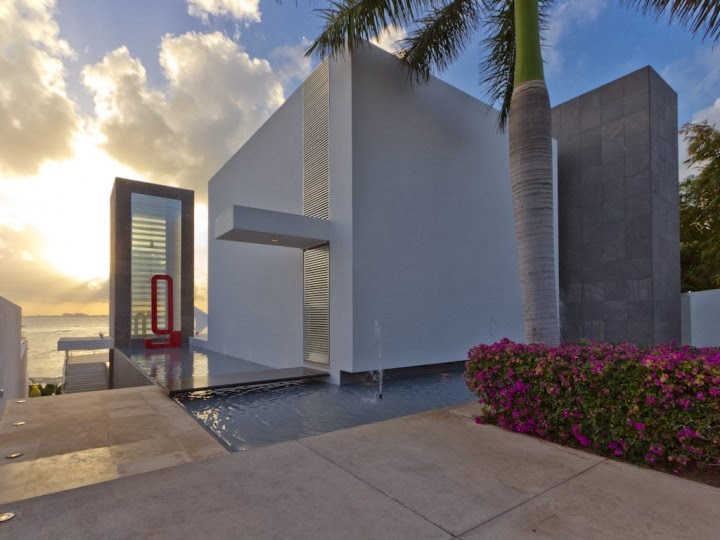 Luxury private villa for sale on Isla Mujeres. Click on photo for link.