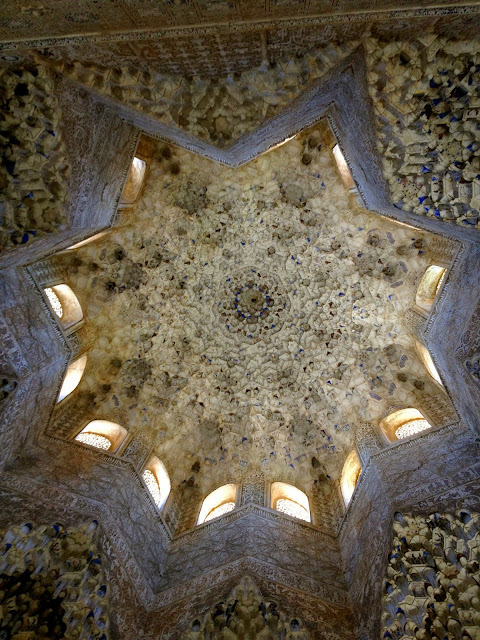 Beautiful Alhambra ceiling on Semi-Charmed Kind of Life
