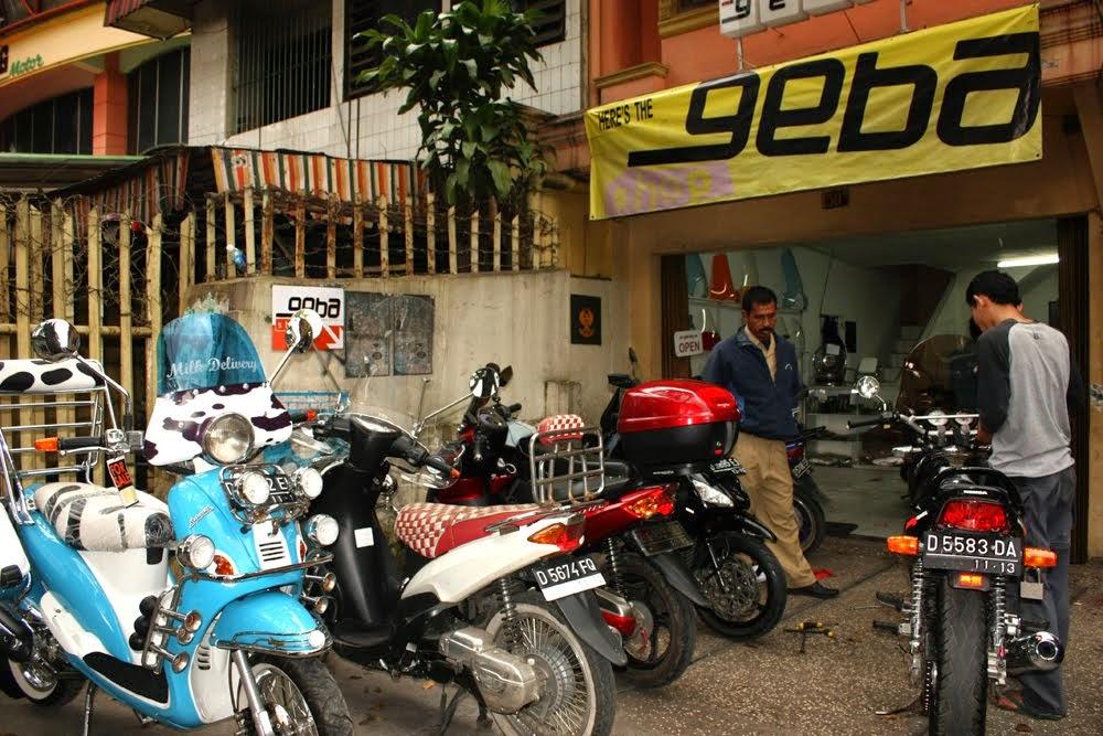 Jika Anda Sedang Mencari Motor Bekas Di Kota Bandung Tak Ada Salahnya Mencoba Mencarinya Kawasan Ciateul Jalan Ibu Inggit Garnasih