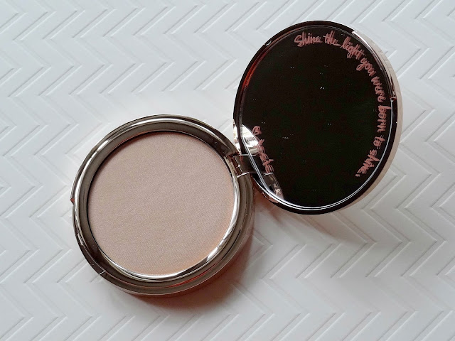 Josie Maran Argan Enlightenment Illuminizing Veil