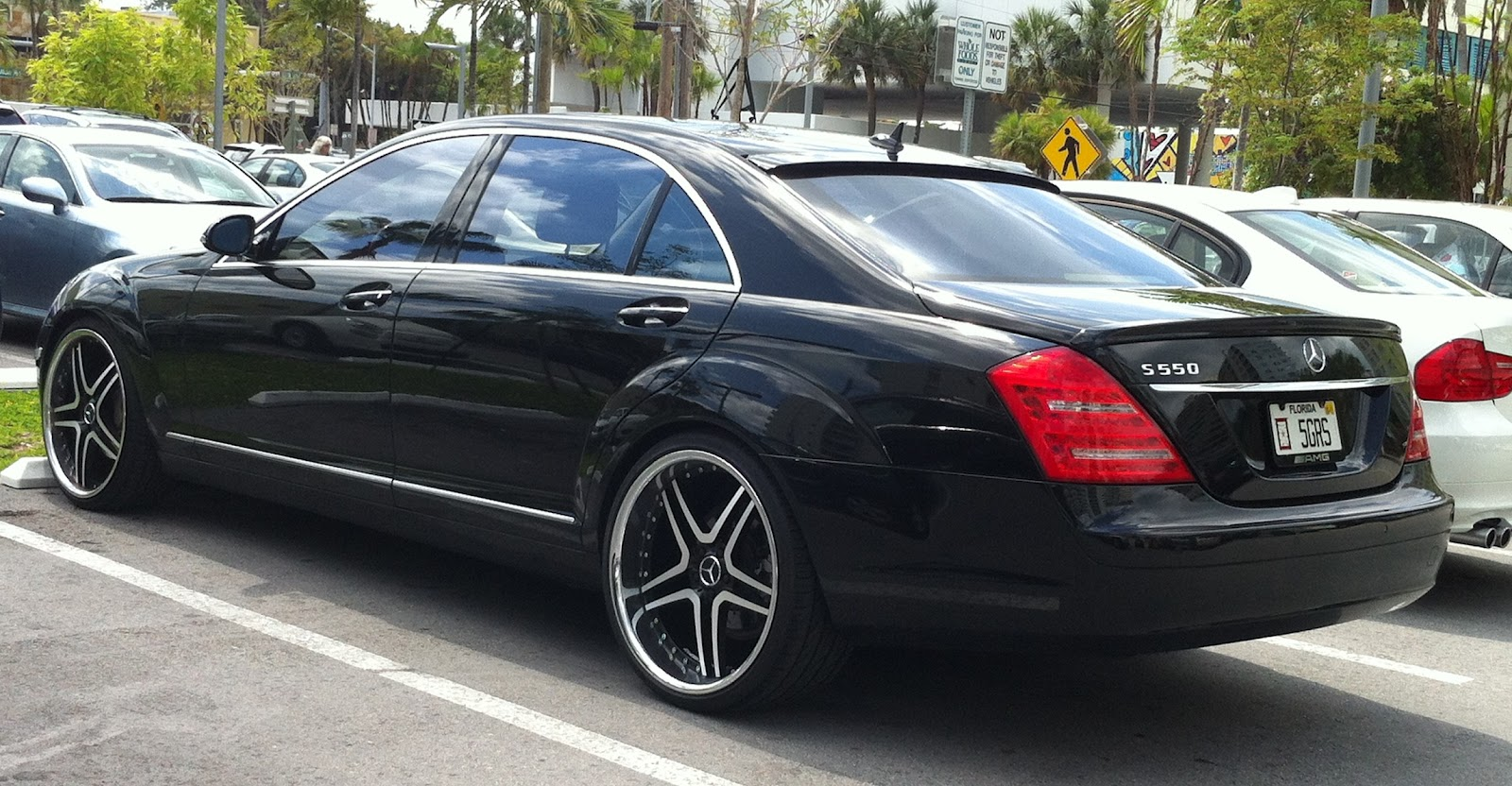 Black mercedes s550 with custom rims exotic cars on the for Mercedes benz s550 rims