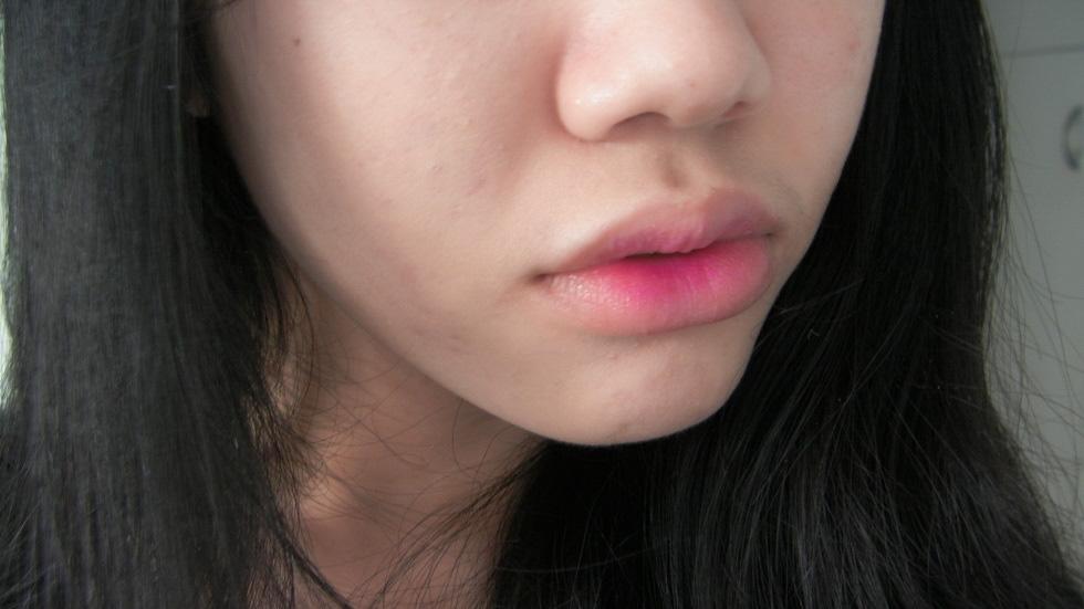 revlon lovesick lip swatch