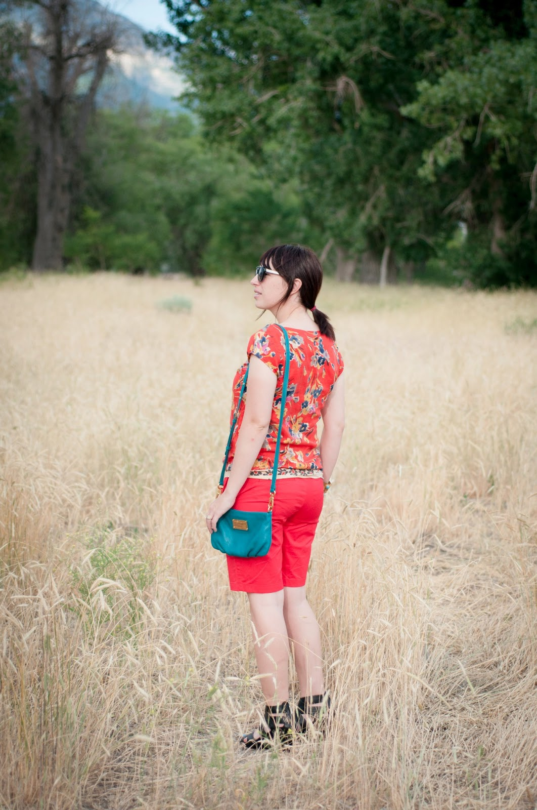 style blog, fashion blog, ootd, anthropologie, marc by marc jacobs, dolce vita, floral, how to wear red